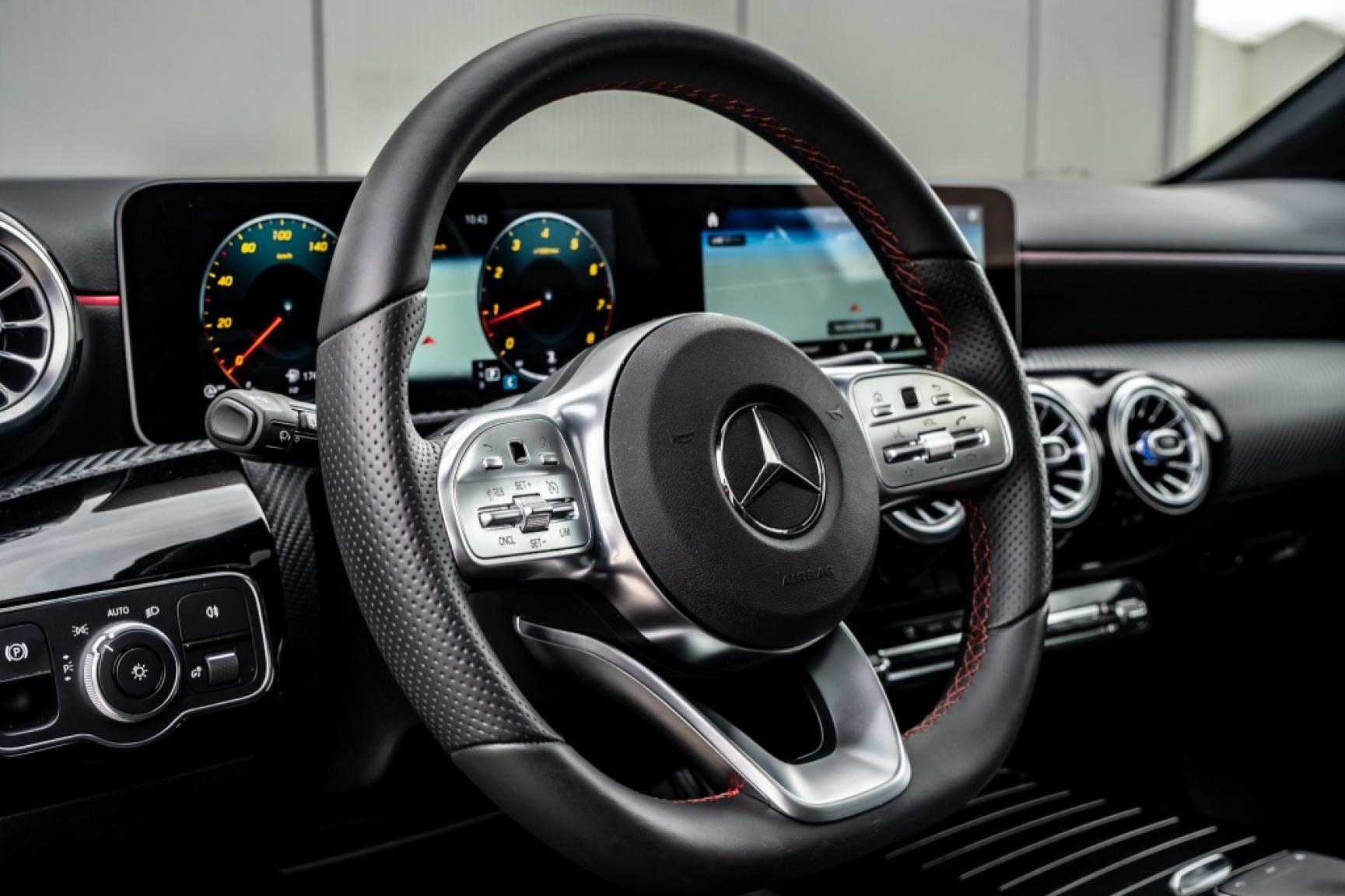 Mercedes-Benz-A-Klasse-23