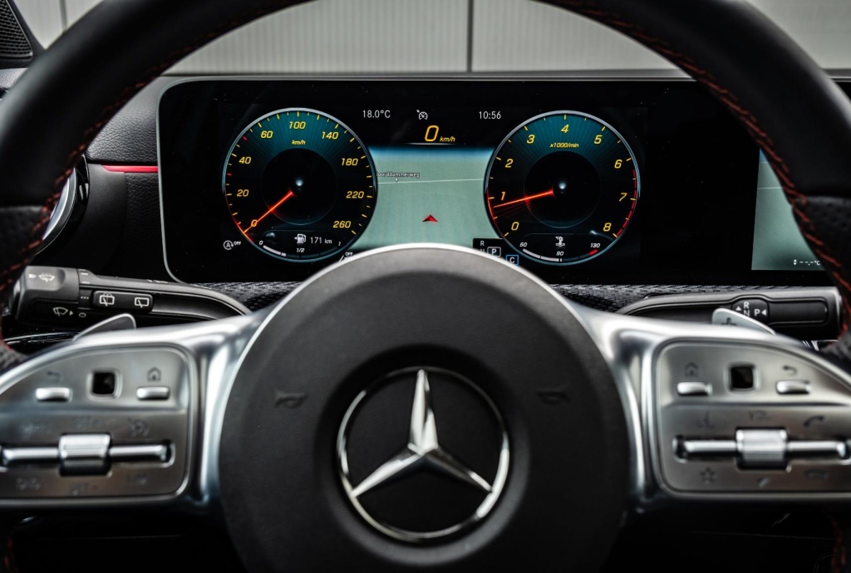 Mercedes-Benz-A-Klasse-27