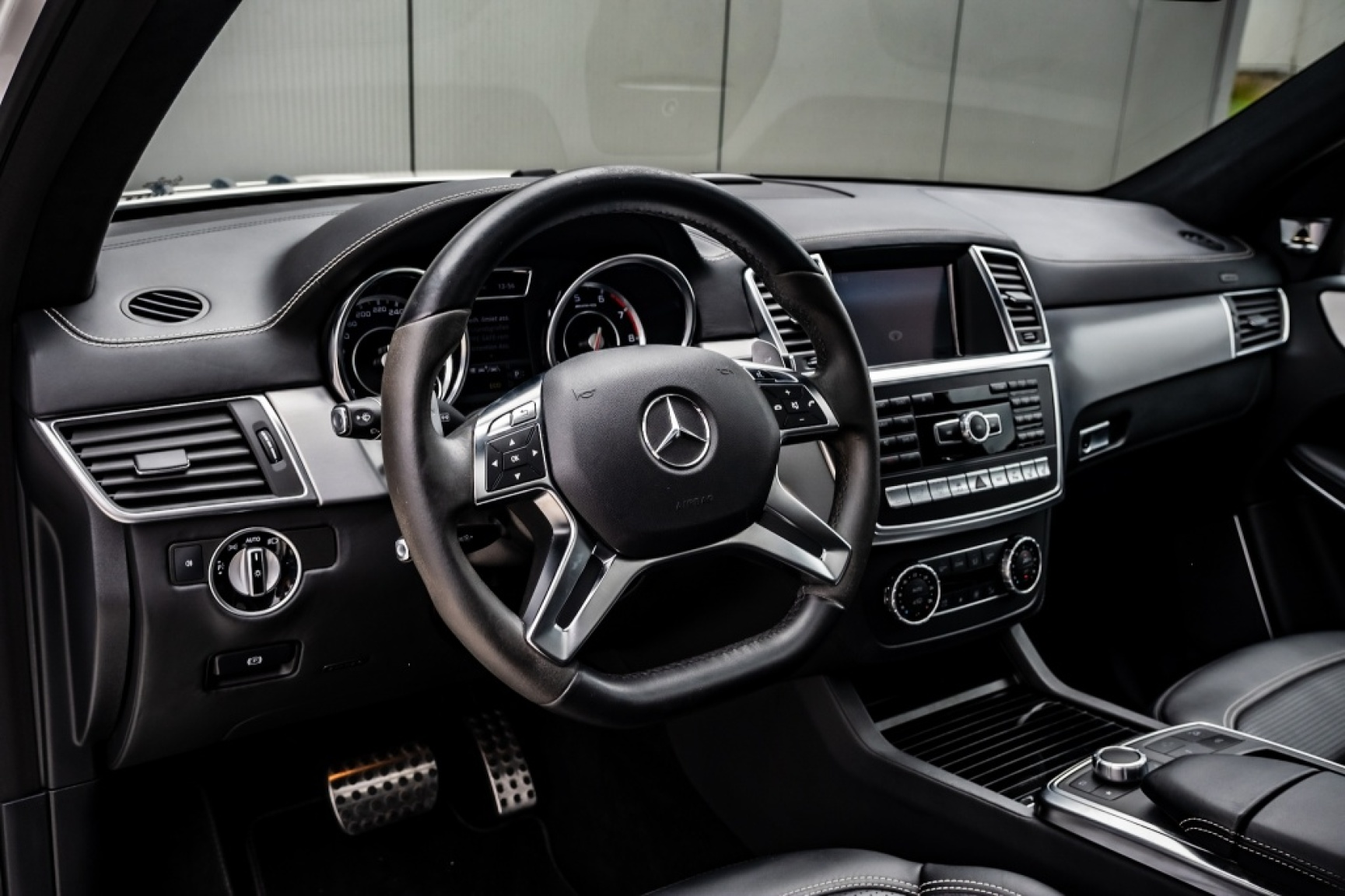 Mercedes-Benz-GL-Klasse-27