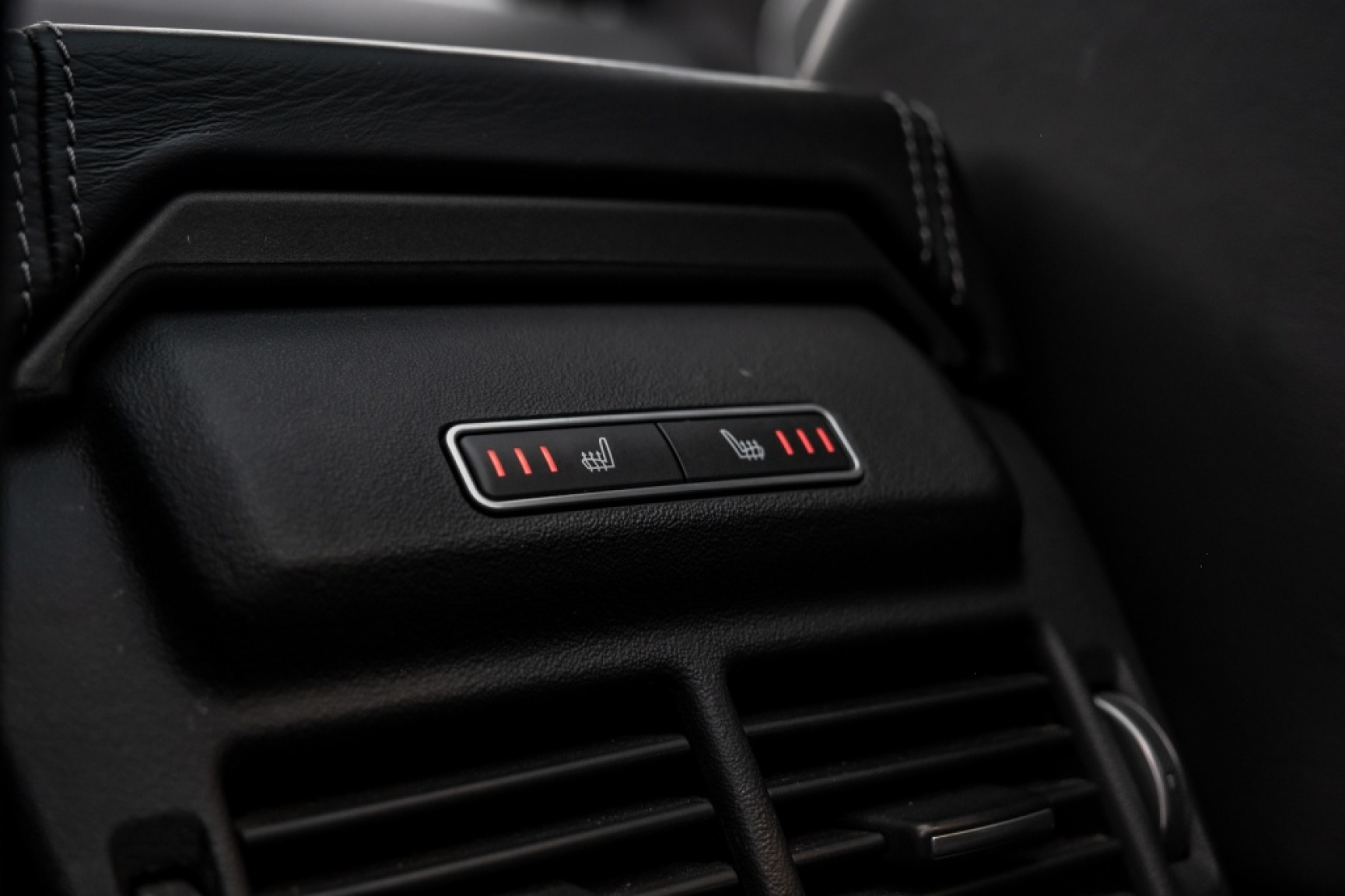 Land Rover-Range Rover Evoque-36