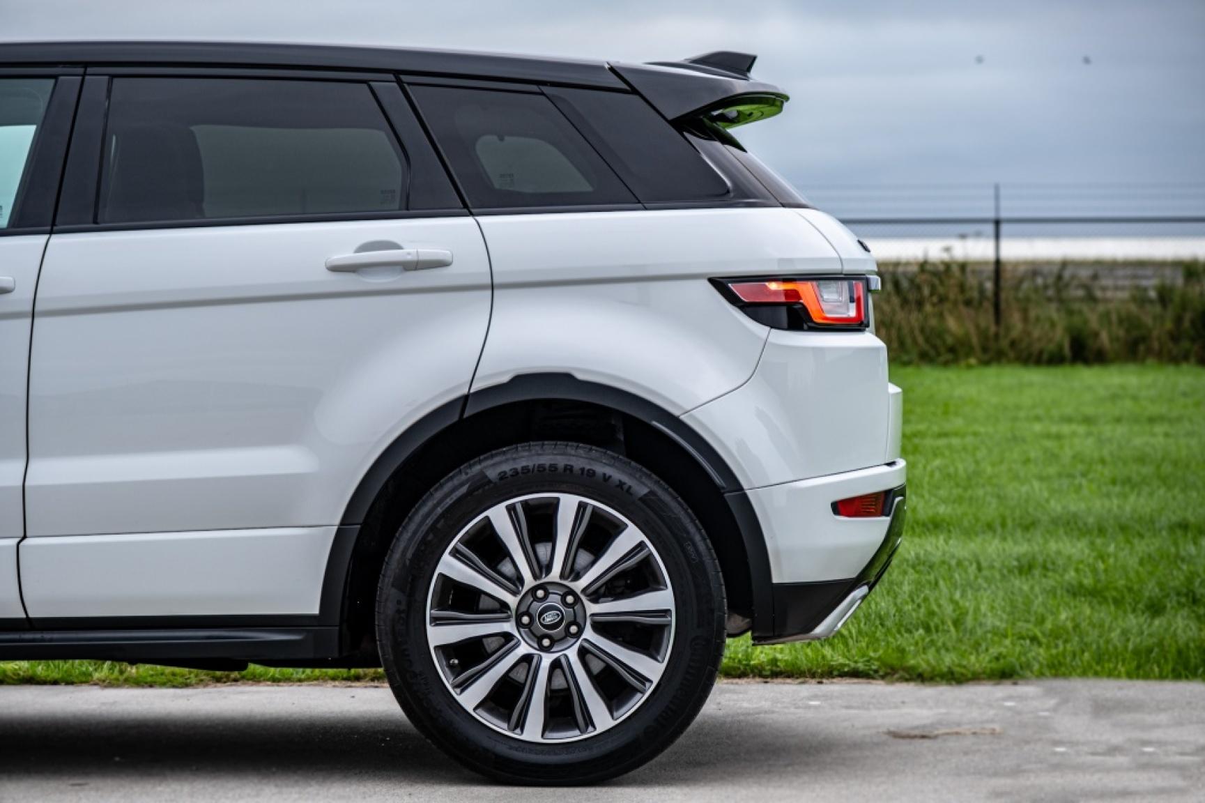 Land Rover-Range Rover Evoque-54