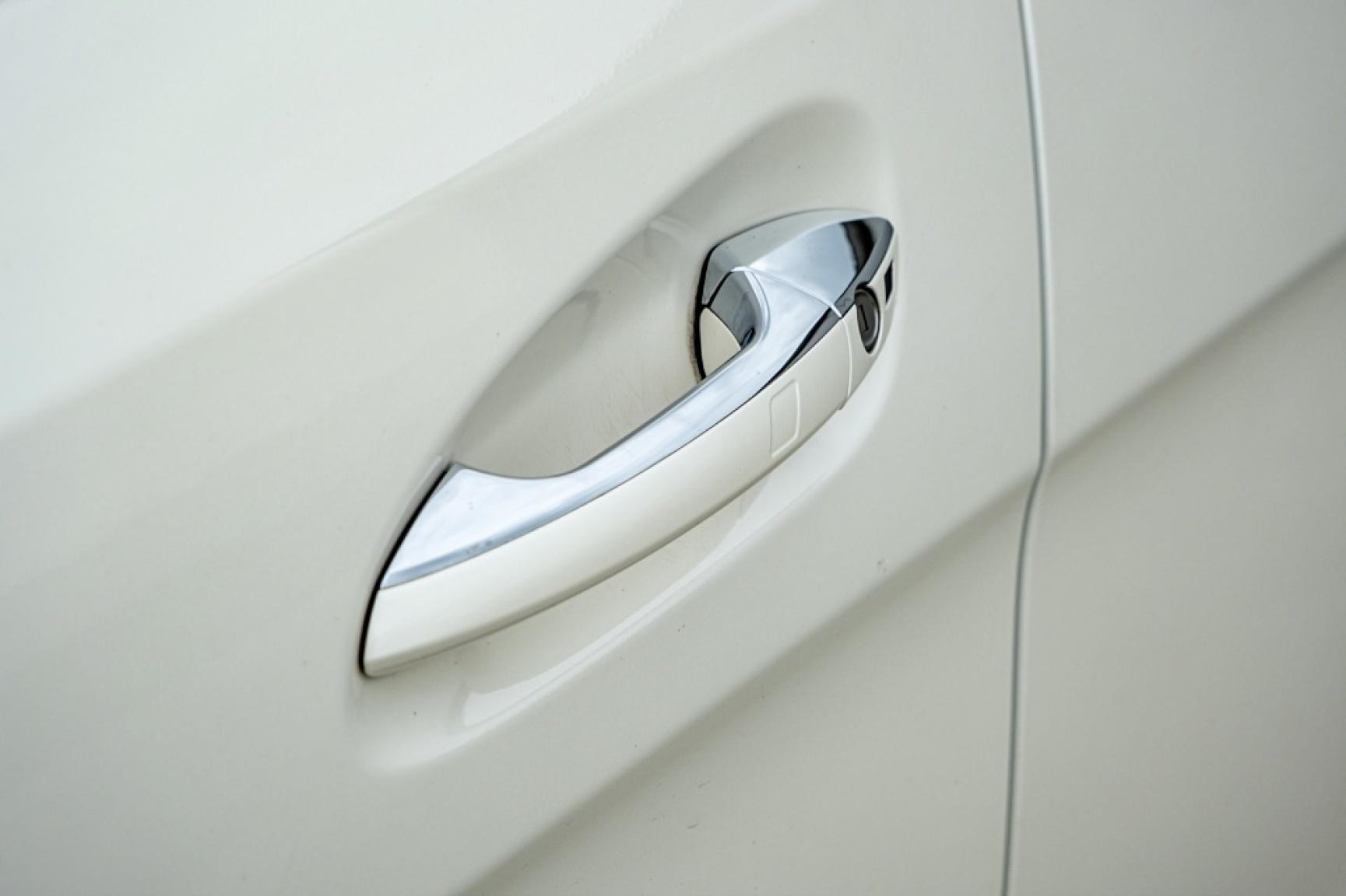 Mercedes-Benz-GL-Klasse-17