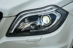 Mercedes-Benz-GL-Klasse-44